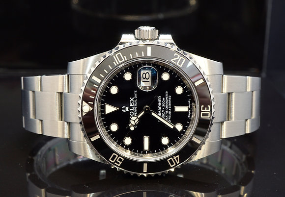 ROLEX 2019 Submariner Date, 116610LN, MINT, Box & Papers