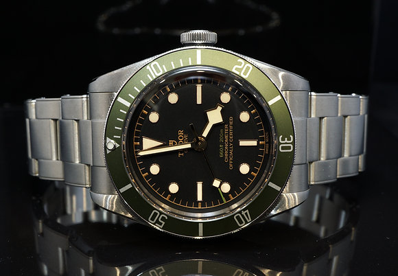 "TUDOR 2018 ""Harrods"" Edition Black Bay, 79230G, UNWORN, Box & Papers"