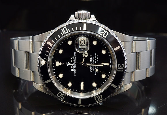 ROLEX 2004 Submariner Date, Steel, 16610, Box & Papers