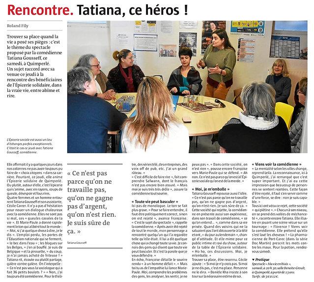 Photo d'un article du Télégramme où Tatiana Gousseff rencontre des membres de l'épicerie solidaire avant le pectacleMa vie en Biais.