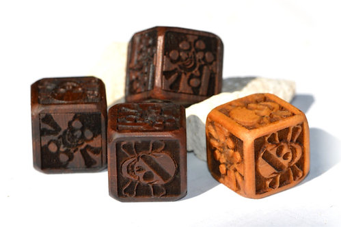 Skull Dice (Set of four pieces)