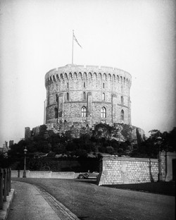 153_125 The Round Tower- Windsor Castle.