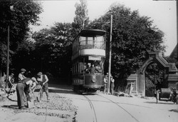 208_The Last Tram from Uttley