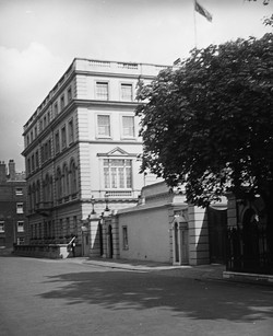 089_74 Clarence House