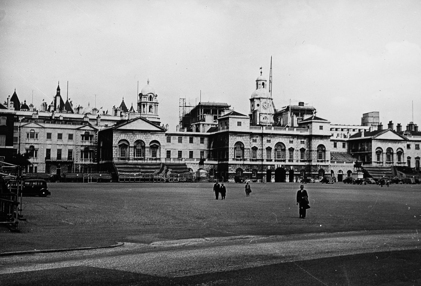 094_79 Horse Guards Parade Ground