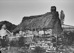 198_Old Thatched Cottage- Riddlesden