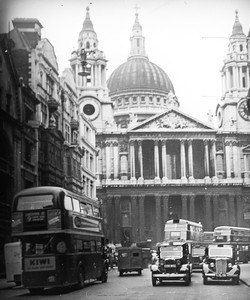 041_28 St. Pauls Cathedral West Front