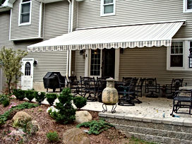 retractable-awnings-23.jpg