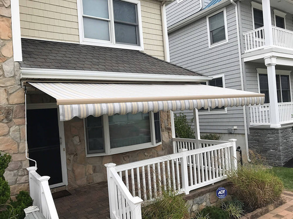 High Quality Retractable Awnings