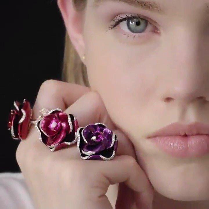 Christian Dior Rose Pop rings