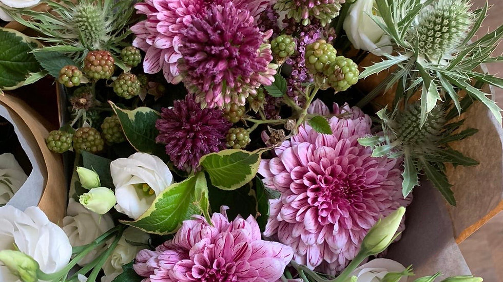 Friday Flowers Club - subscription from £75