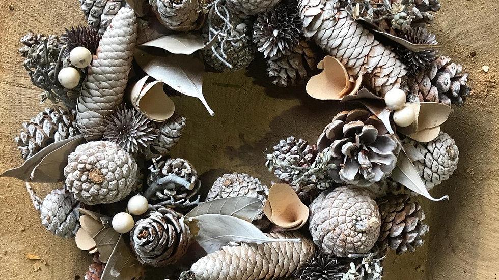 Dried in door/outdoor Wreath