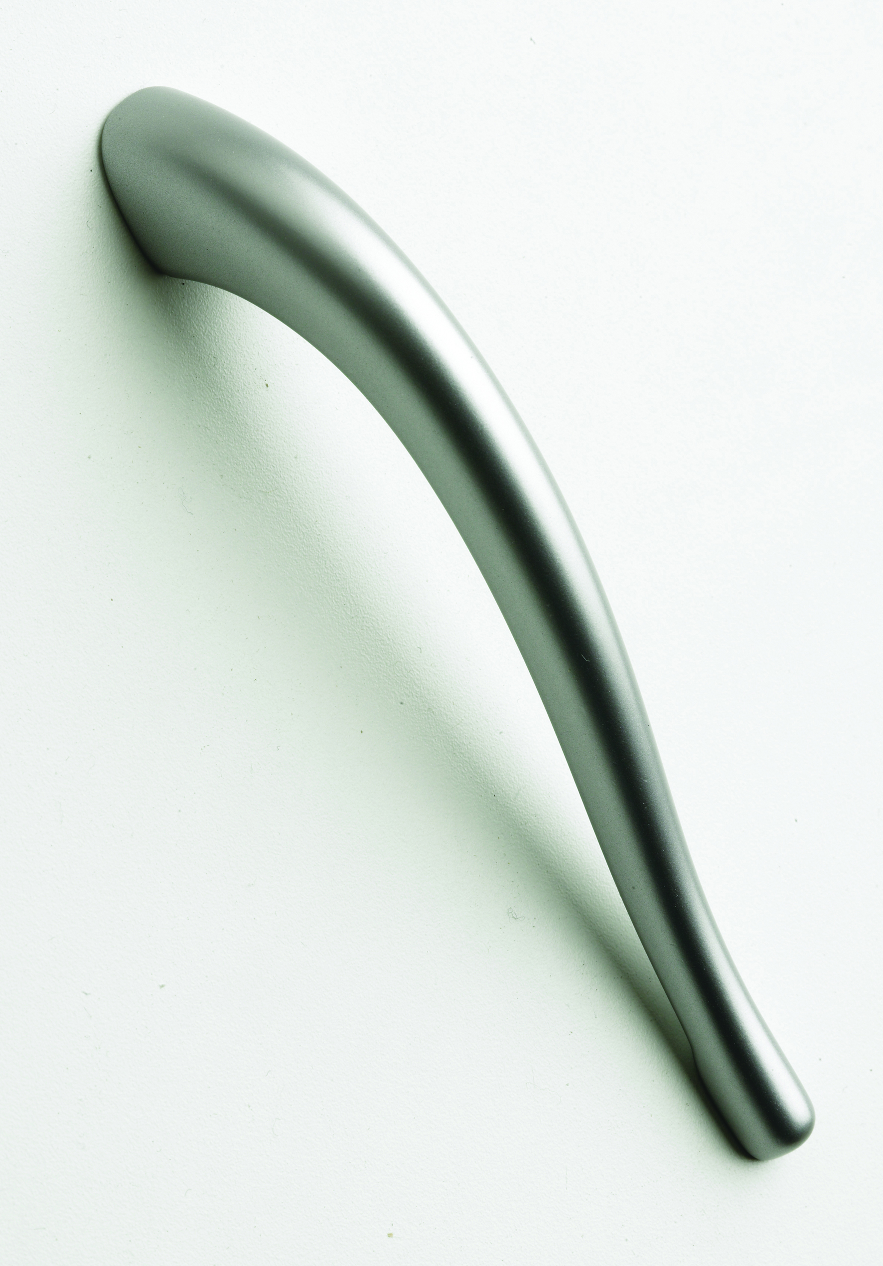Curved Tail Handles