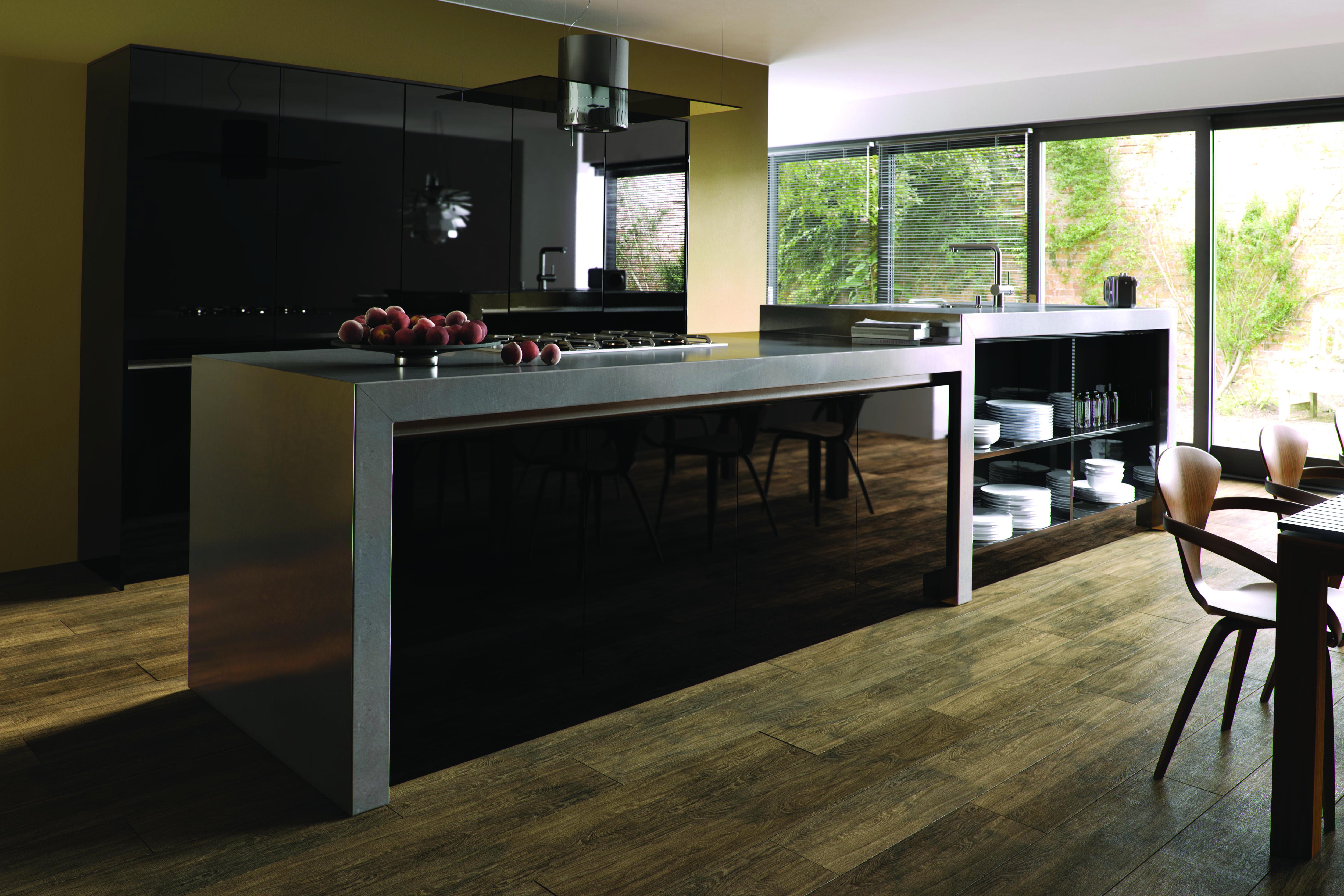 Zurfiz by BA Ultra Gloss Black Kitchen