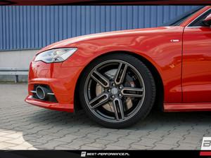 Czerwone Audi A6