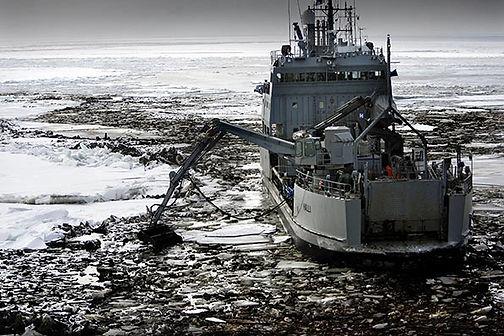 Oil spills.jpg