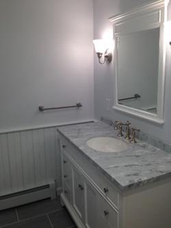 Milford_bathroom2