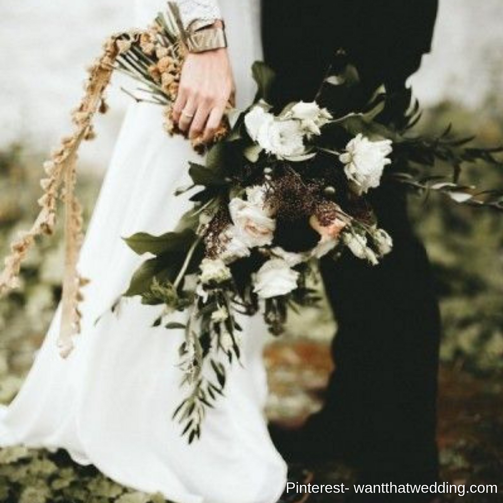 Black flowers inspiration- bridal show in SCV