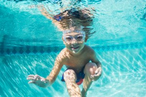 Tips to encourage confident swimmers
