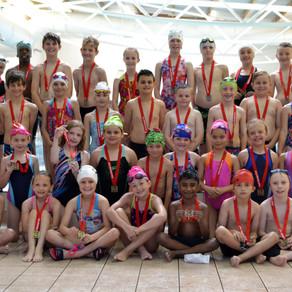 Future Swimming Stars Shine in the 'Sunrise Gala'