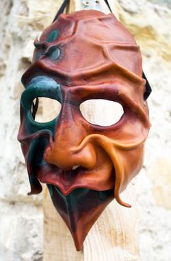 masque f.jpg
