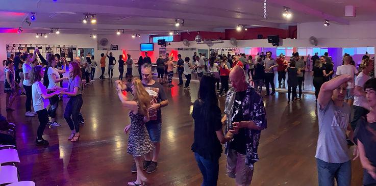 dance classes.jpg