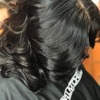 Healthy Natural looking sew in installat