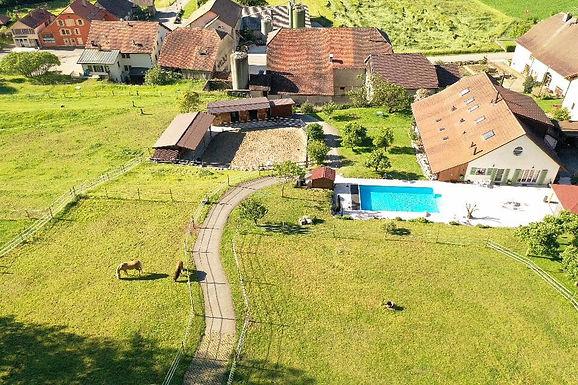 Maison avec piscine à 10 minutes d'Yverdon