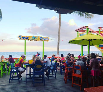 Tipsy Tuna Beach Bar & Restaurant