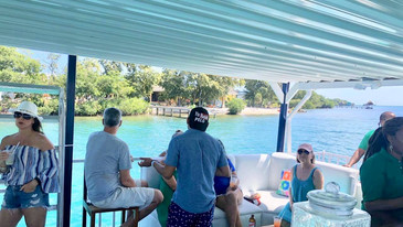 Big Sipper Day Booze Cruise Placencia