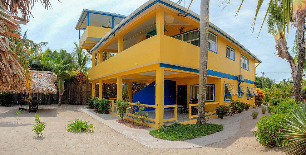 Casa Palma Placencia beach apartments
