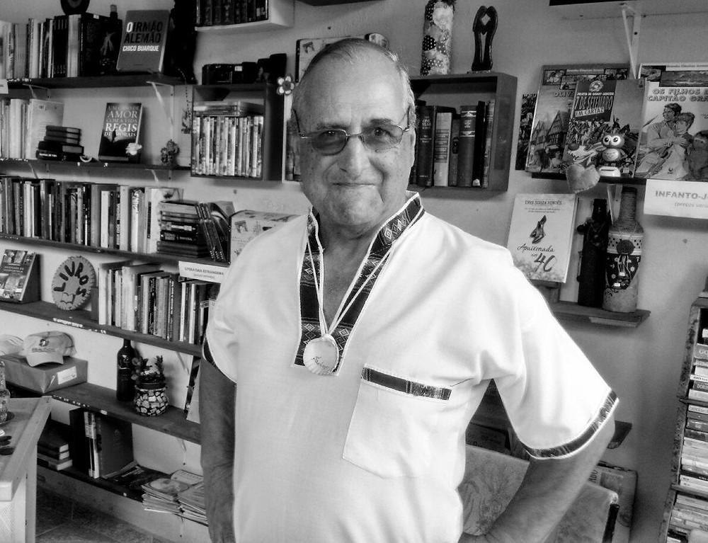 Evaldo Negreiros de Paiva no Clube Arte Impressa Livraria, sebo e edições