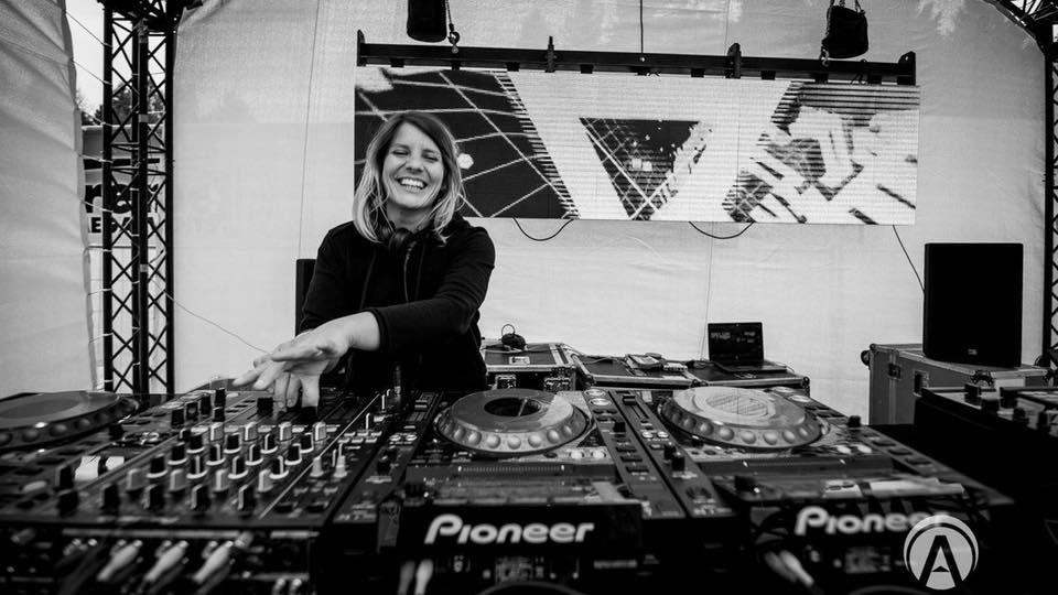 Beth Lydi DJing