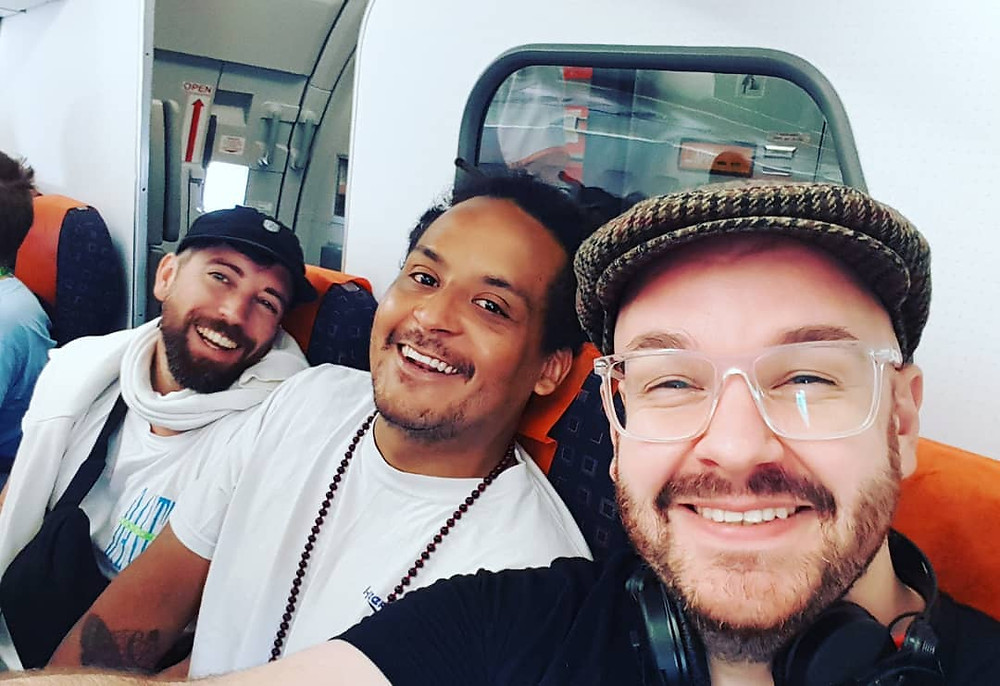 Matthias Schuell, HRRSN & Solvane on the plane