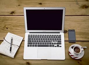 home-office-336378_1920.jpg