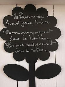 funeraire-halles-fleuries_villebois-lava