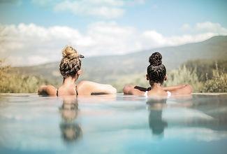 two-women-in-swimming-pool-1418519.jpg