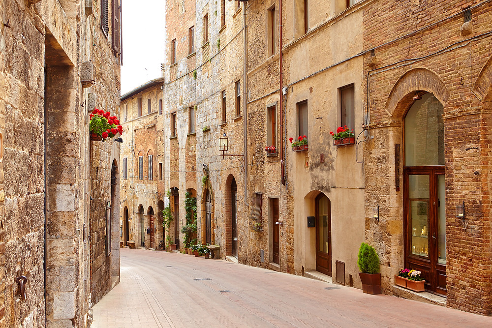 Traveling in Italy | FTLO Travel | Group Trips for Young Professionals