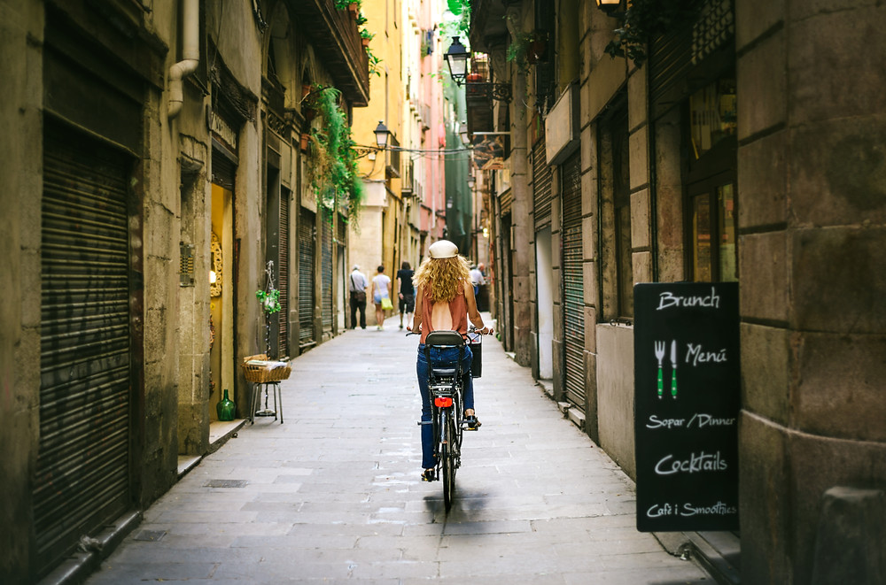 Traveling in Barcelona, Spain | FTLO Travel | Group Trips for Young Professionals