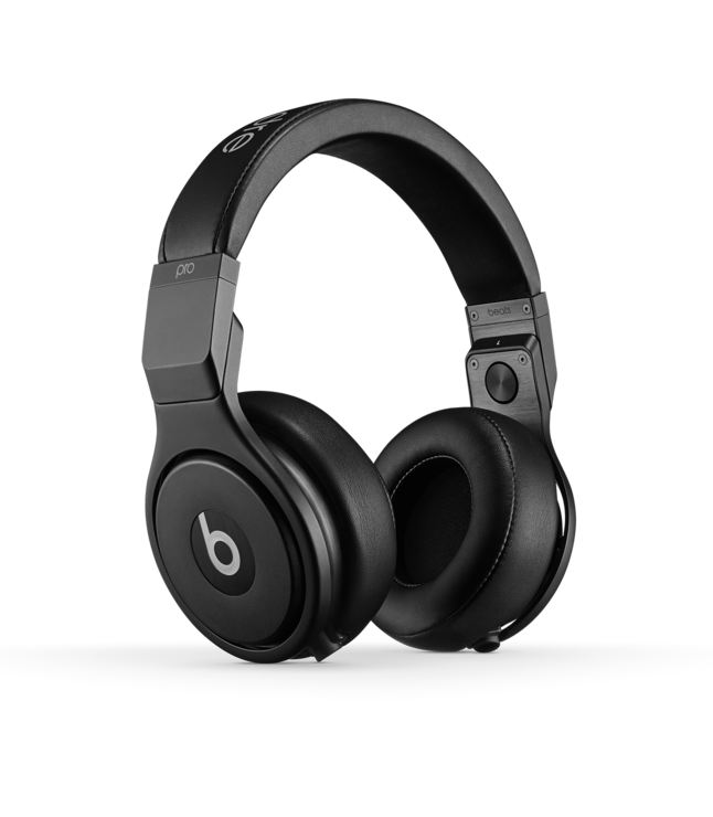 Beats Headphones Travel | FTLO Travel | Travel for Young Professionals