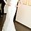 Thumbnail: Krajkové svatební šaty s vlečkou