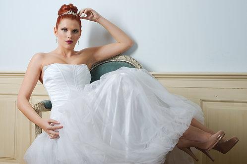 Svatební šaty tylové