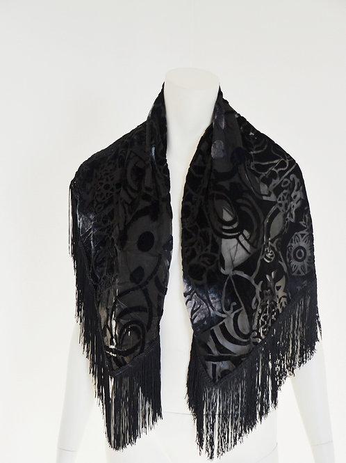Velký šátek s třásněmi