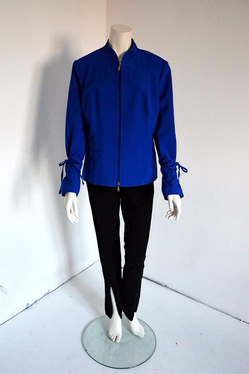 Modré sako se šněrováním na rukávech