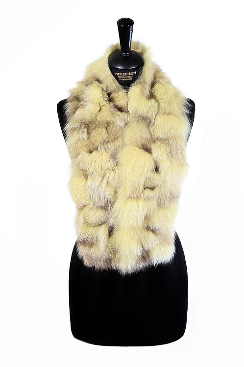 Fur scarf / collar made of dyed fox