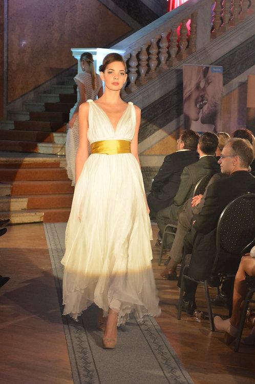Svatební šaty z hedvábného šifonu