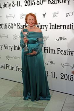 herečka Iva Janžurová Festival Karlovy Vary šaty Petra Kocianova Fashion Designer