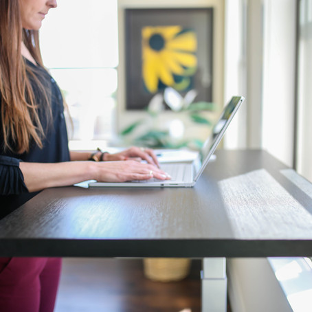 There are Many Benefits of a Standing Desk