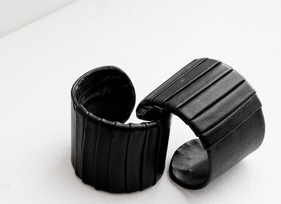 Cuff Bracelet Minimal