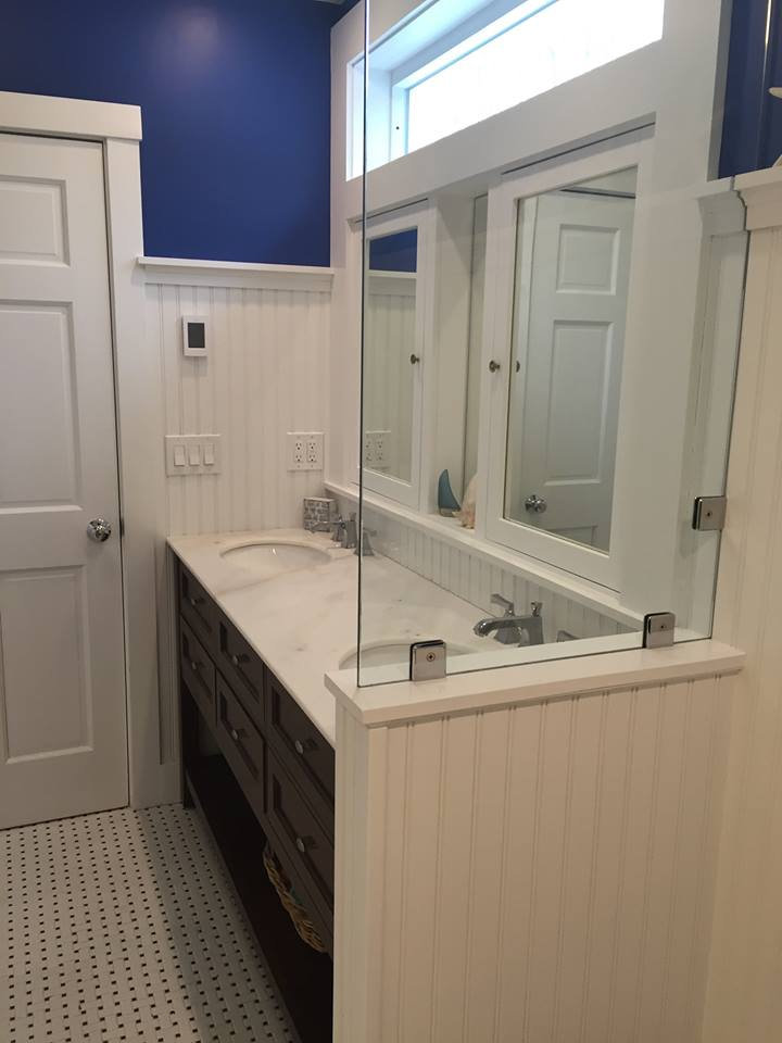 Custom Bathroom Glass and Mirrors